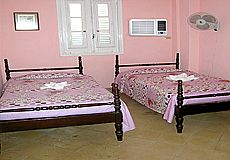 Migdalia and Marlennys House Rent - Accommodation in Vedado