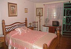 Sra. Gladys House Photos 5