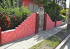 Bladimiriam House Photos