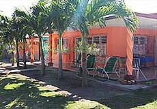 Lazara and Pupi House Rent - Accommodation in Santa Lucia Beach