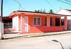 La Casa de Tata en Moron Photos