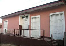 Media Luna HOstel Rent - Accommodation in Trinidad City